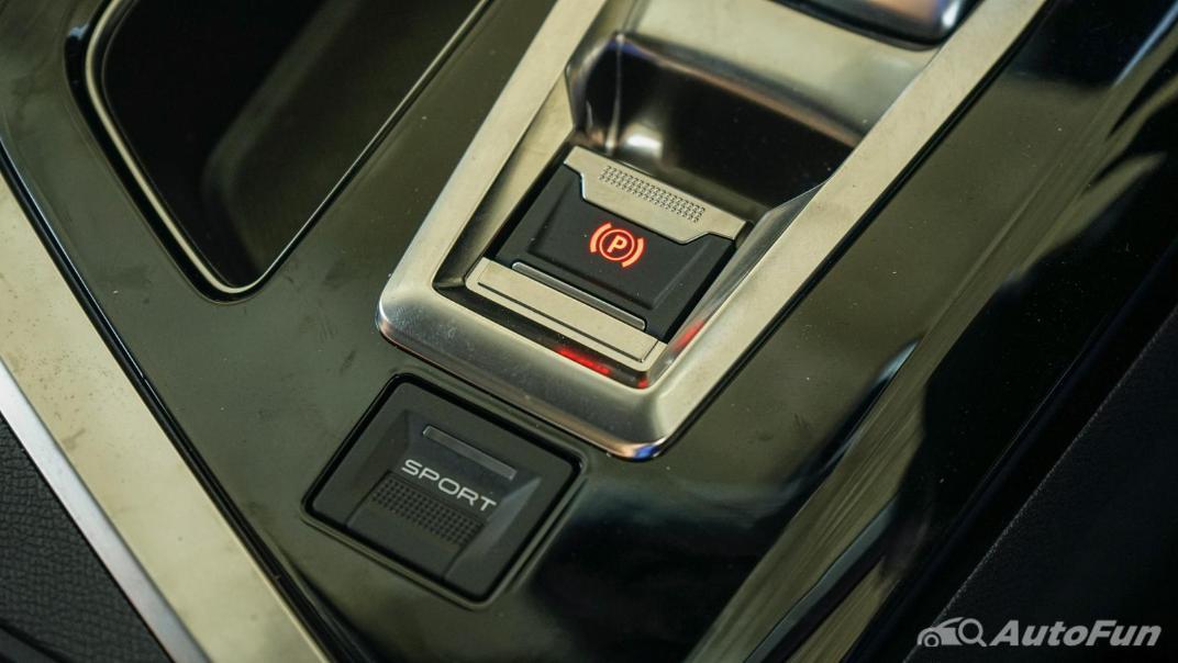 2020 Peugeot 5008 1.6 Allure Interior 025