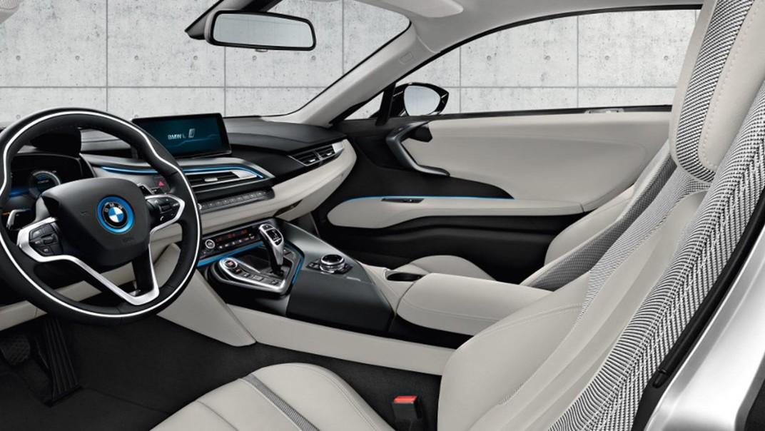 BMW I8 Public 2020 Interior 003