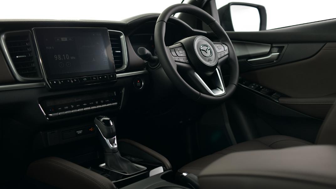 2021 Mazda BT-50 Double cab Upcoming Version Interior 003
