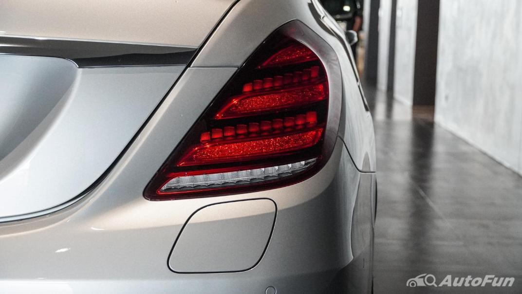 Mercedes-Benz S-Class S 560 e AMG Premium Exterior 018