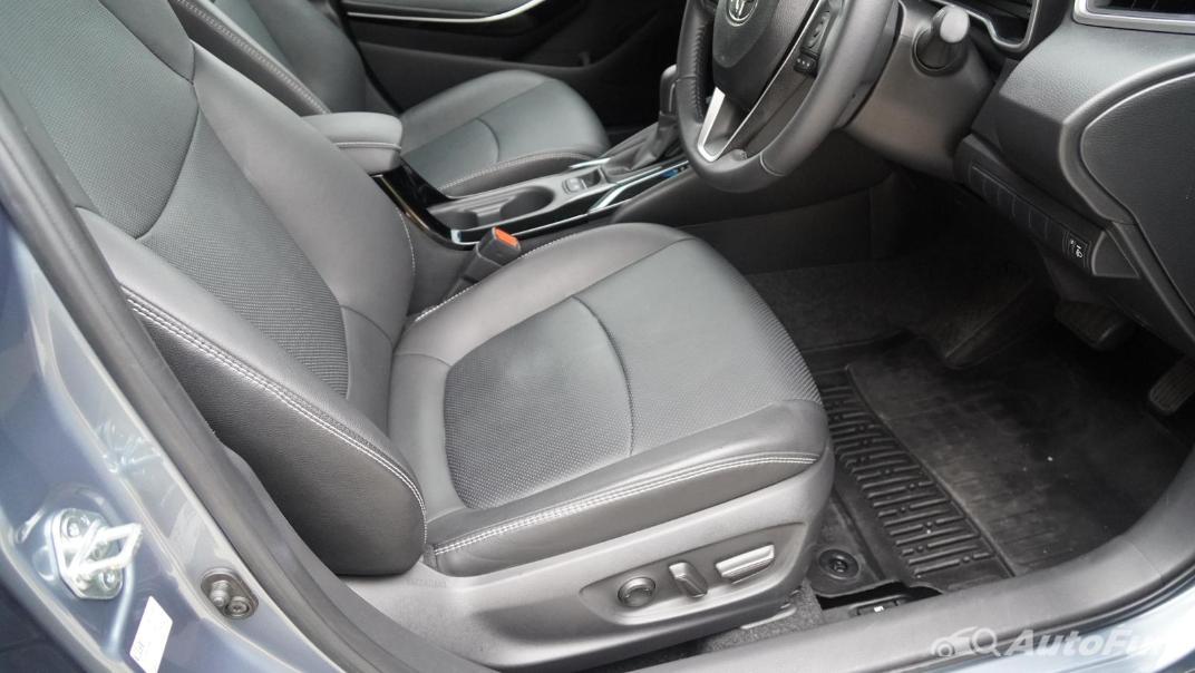 2021 Toyota Corolla Altis 1.8 Sport Interior 030