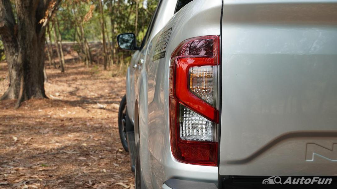 2021 Nissan Navara Double Cab 2.3 4WD VL 7AT Exterior 040