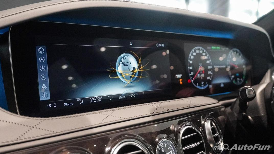 Mercedes-Benz S-Class S 560 e AMG Premium Interior 020
