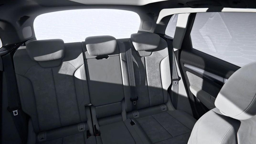 Audi Q5 2020 Interior 010