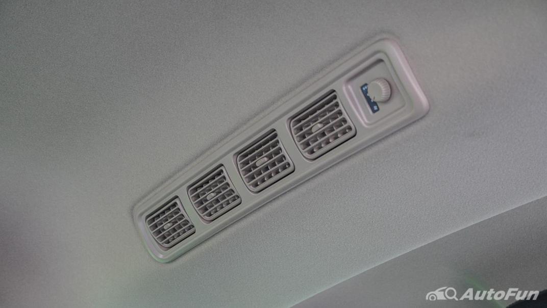 2020 1.5 Suzuki XL7 GLX Interior 038