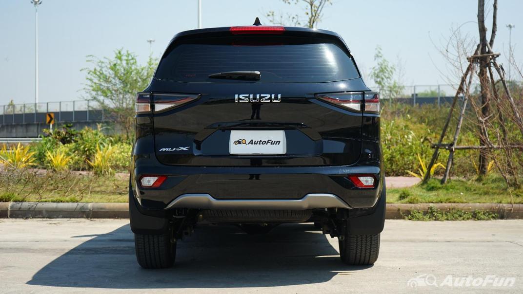 2021 Isuzu MU-X Ultimate 1.9 AT 4x2 Exterior 006