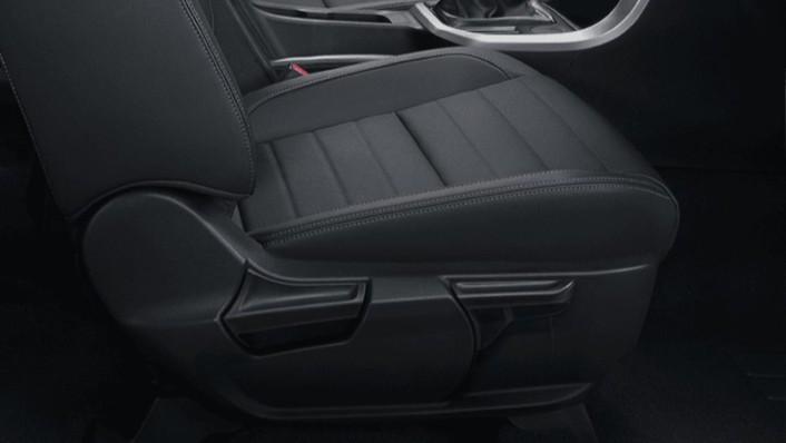 MG Extender 2020 Interior 002