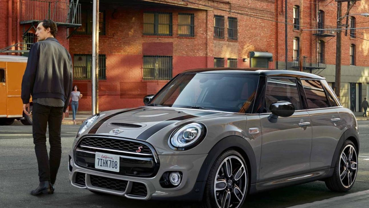 Mini 5-Door-Hatch 2020 Exterior 004
