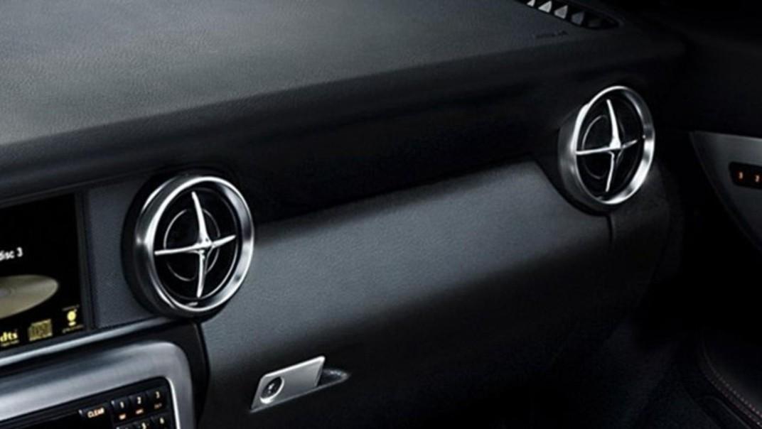 Mercedes-Benz SLK-Class 2020 Interior 001
