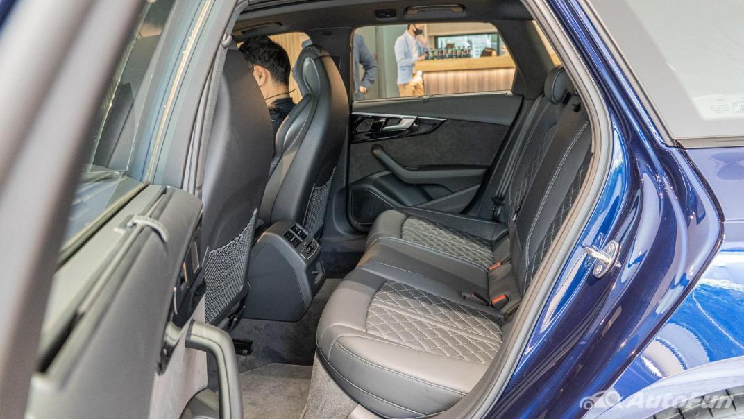 2020 Audi A4 Avant 2.0 45 TFSI Quattro S Line Black Edition Interior 099
