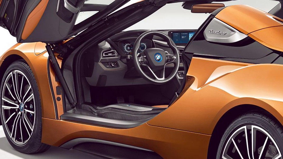 BMW I8-Roadster Public 2020 Interior 005