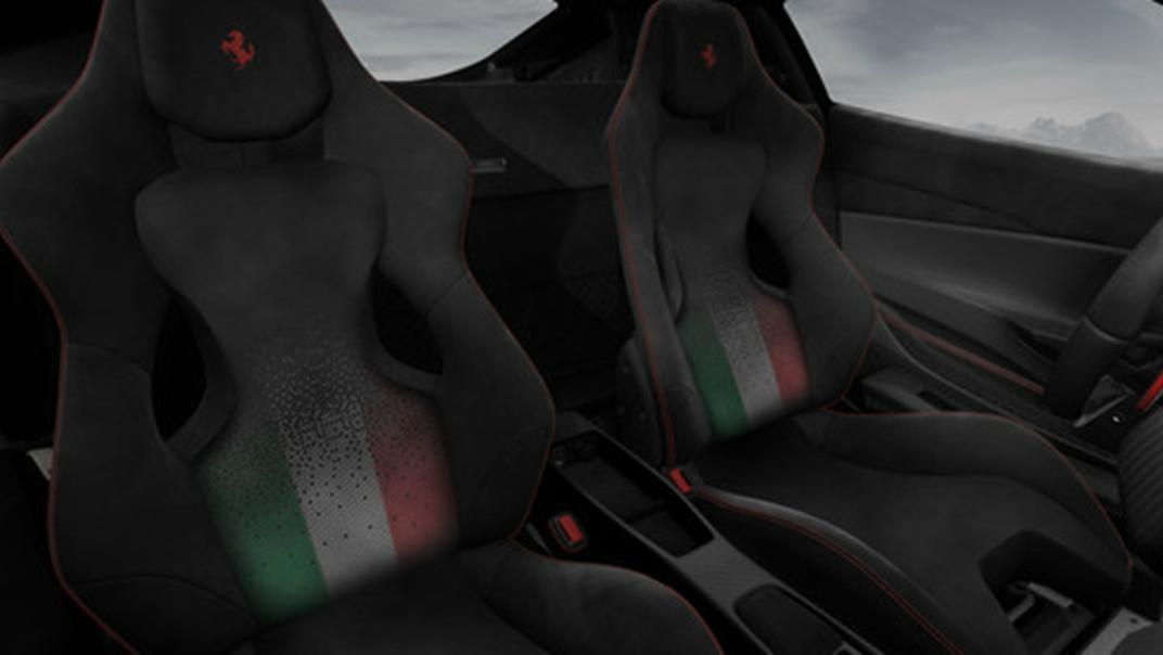 2020 3.9 488 Pista V8 Interior 005