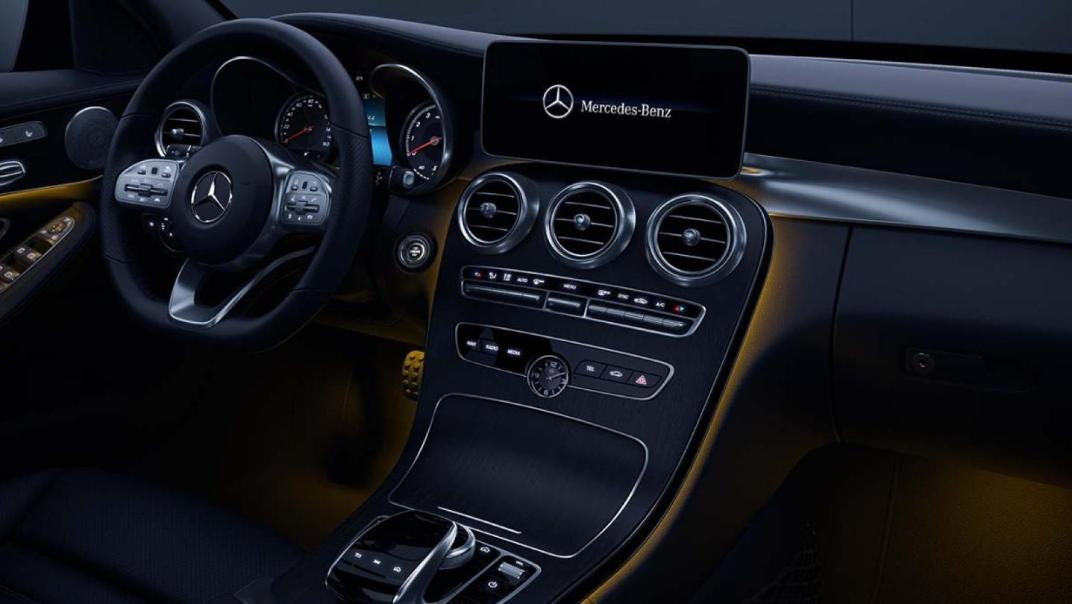 Mercedes-Benz C-Class Saloon 2020 Interior 020