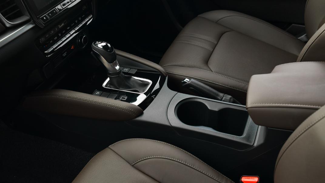 2021 Mazda BT-50 Double cab Upcoming Version Interior 008