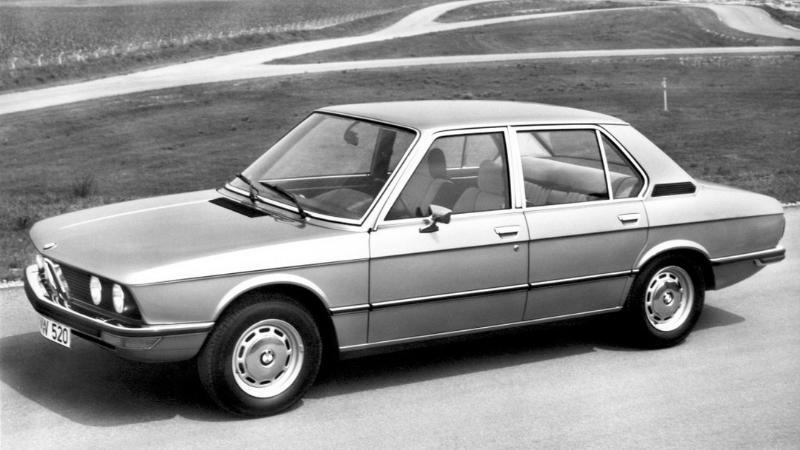 เจาะเวลากับบอริส ย้อน BMW 5-Series สปอร์ตซีดาน ตัวสร้างชื่อ Ultimate Driving Machine 02