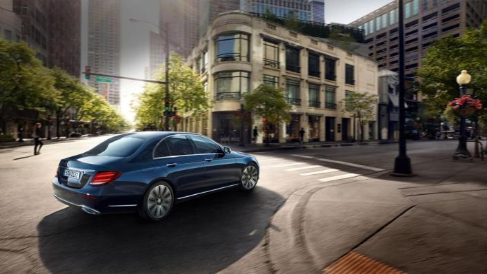 Mercedes-Benz E-Class Saloon 2020 Exterior 002