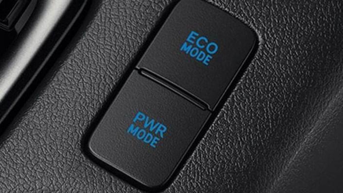 Toyota Hilux Revo Smart Cab 2020 Interior 004