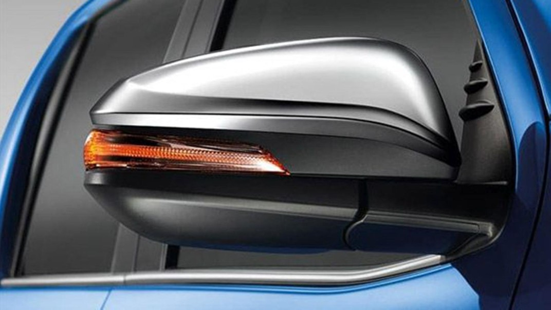 Toyota Hilux Revo Double Cab 2020 Exterior 008