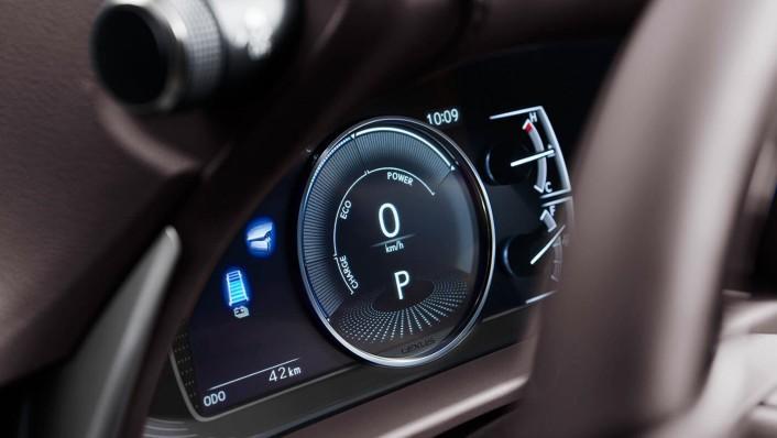 Lexus ES 2020 Interior 003