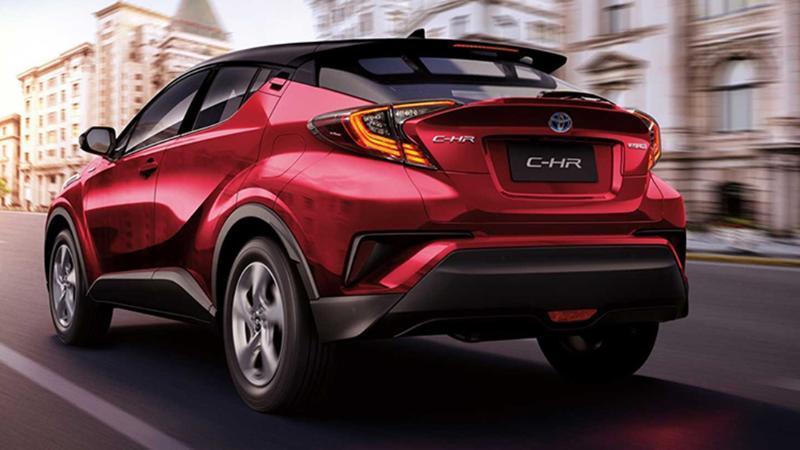 แบงค์บอกต่อ Toyota C-HR ตัดเครื่องยนต์เบนซิน 1.8 ออก ขายแต่ไฮบริดพร้อมดอกเบี้ย 0.99% 02