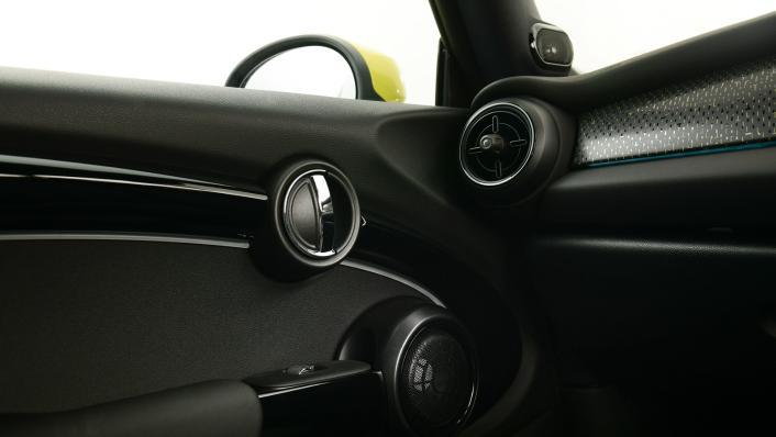 2021 Mini Cooper-Se Electric Interior 008