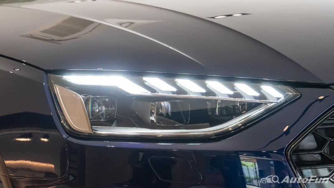 2020 Audi A4 Avant 2.0 45 TFSI Quattro S Line Black Edition Exterior 095