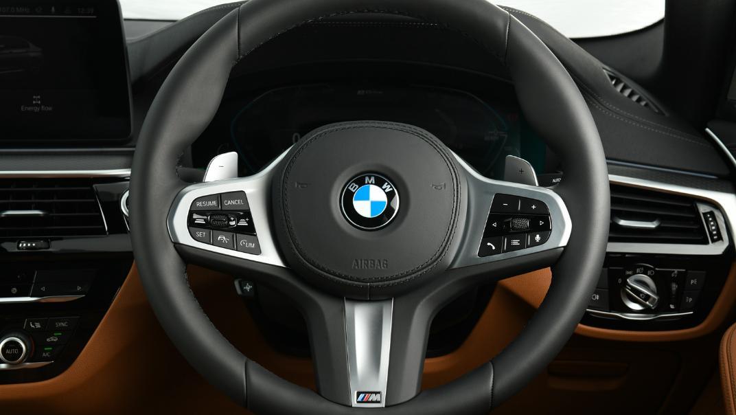 2021 BMW 5 Series Sedan 530e M Sport Interior 026