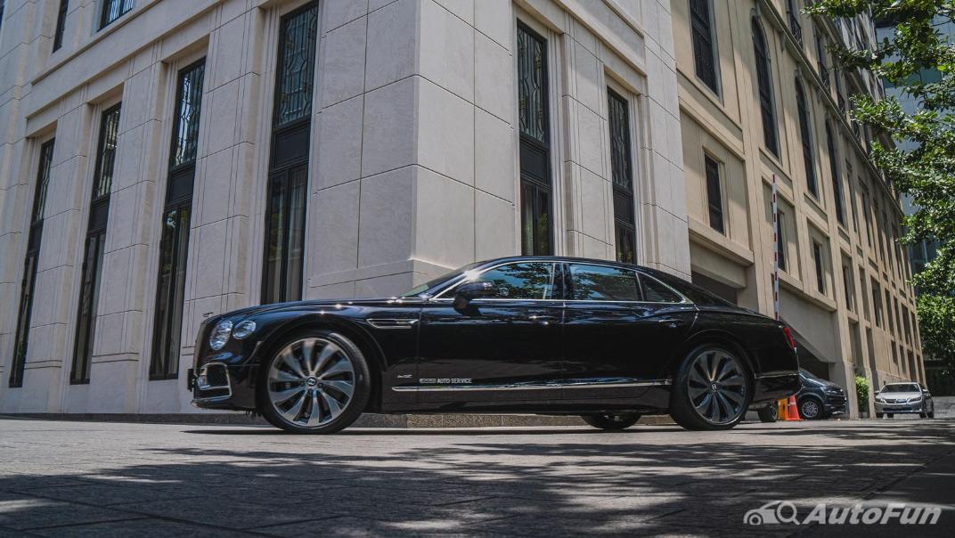 2020 Bentley Flying Spur 6.0L W12 Exterior 062