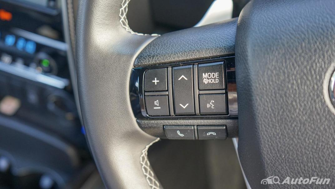 2020 Toyota Fortuner 2.8 Legender 4WD Interior 009