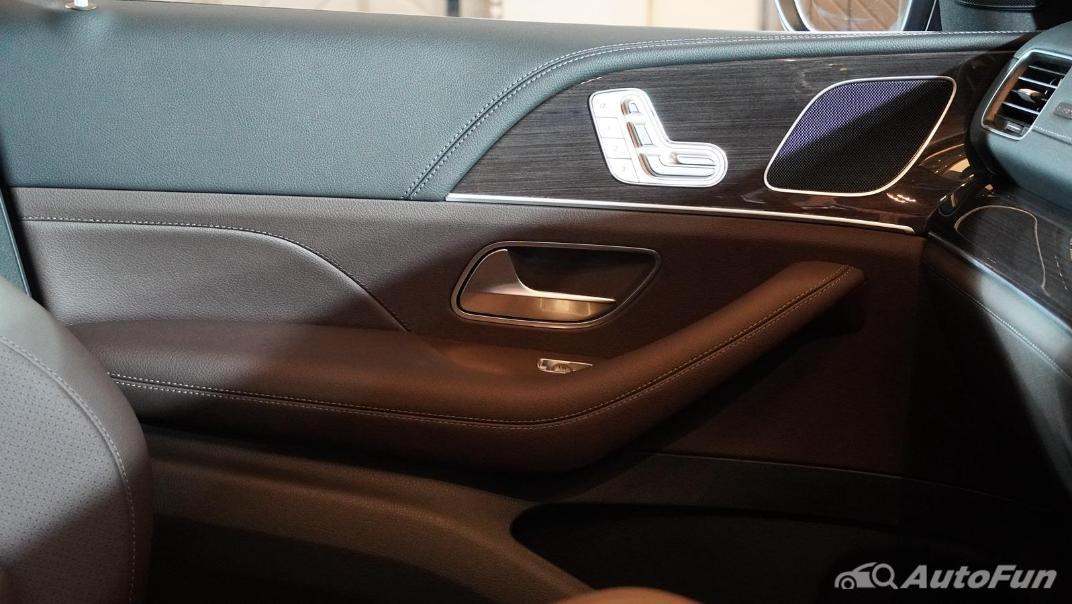 2021 Mercedes-Benz GLE-Class 350 de 4MATIC Exclusive Interior 062