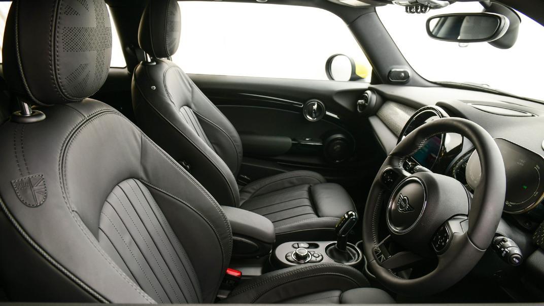 2021 Mini Cooper-Se Electric Interior 011