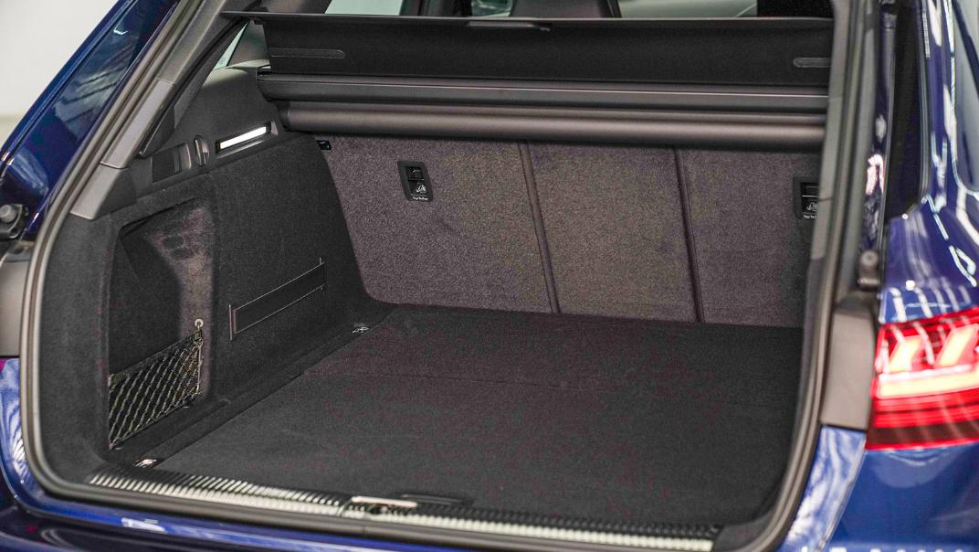 2020 Audi A4 Avant 2.0 45 TFSI Quattro S Line Black Edition Interior 114