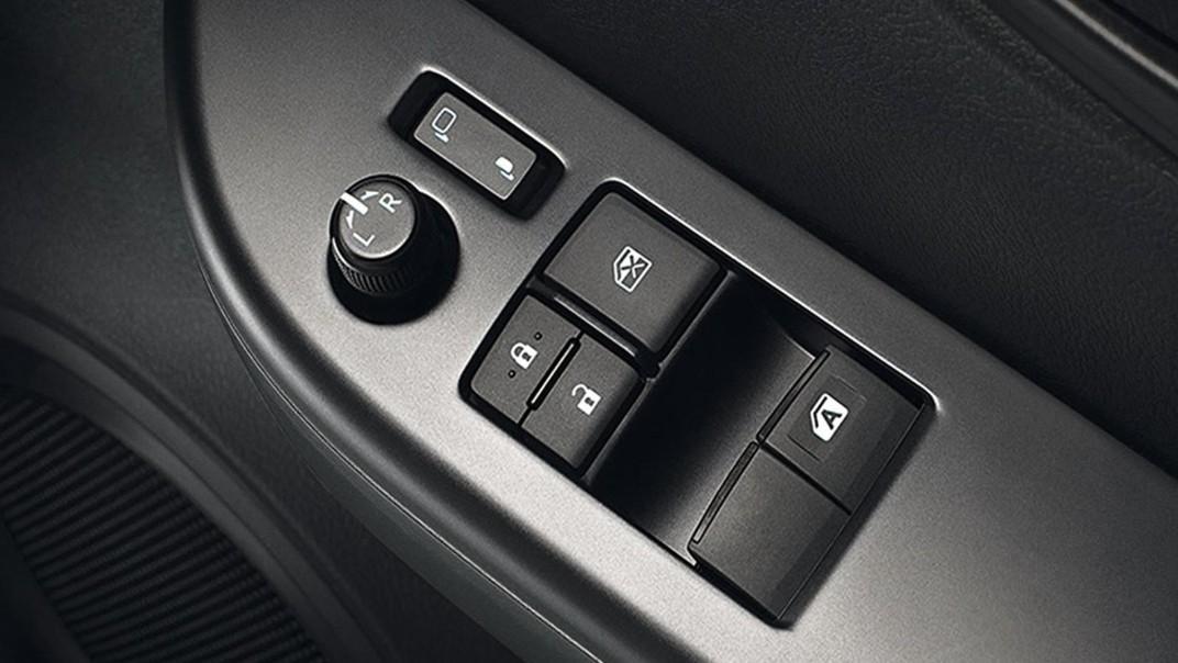 Toyota Hilux Revo Standard Cab 2020 Interior 007