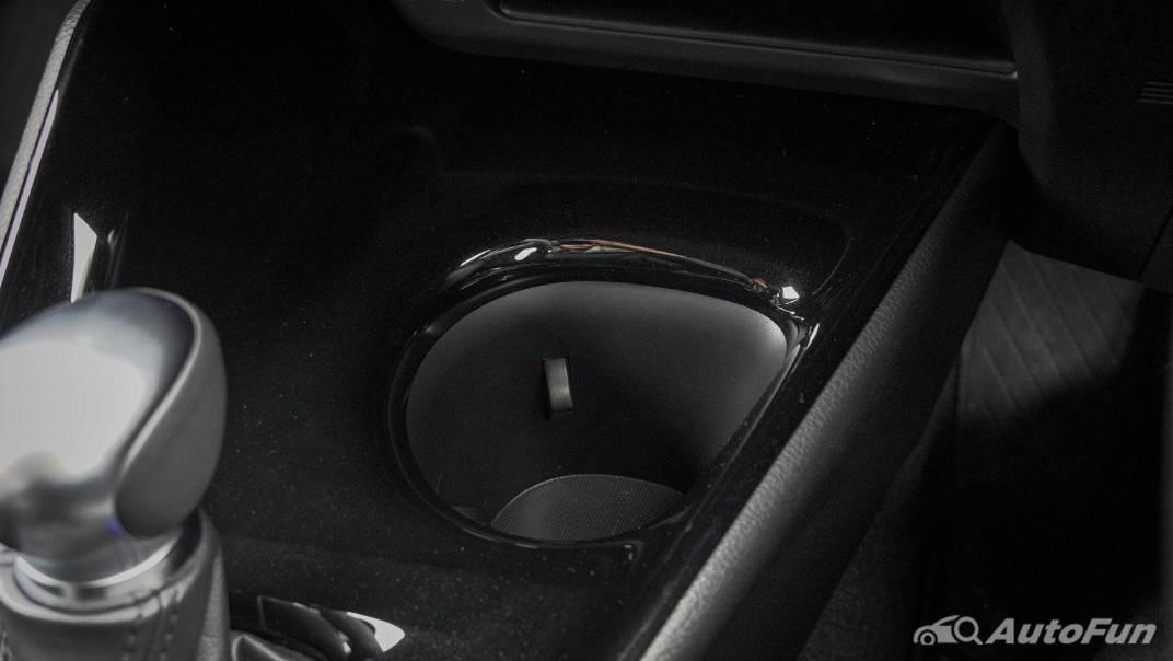 2021 Toyota C-HR Hybrid Premium Safety Interior 043