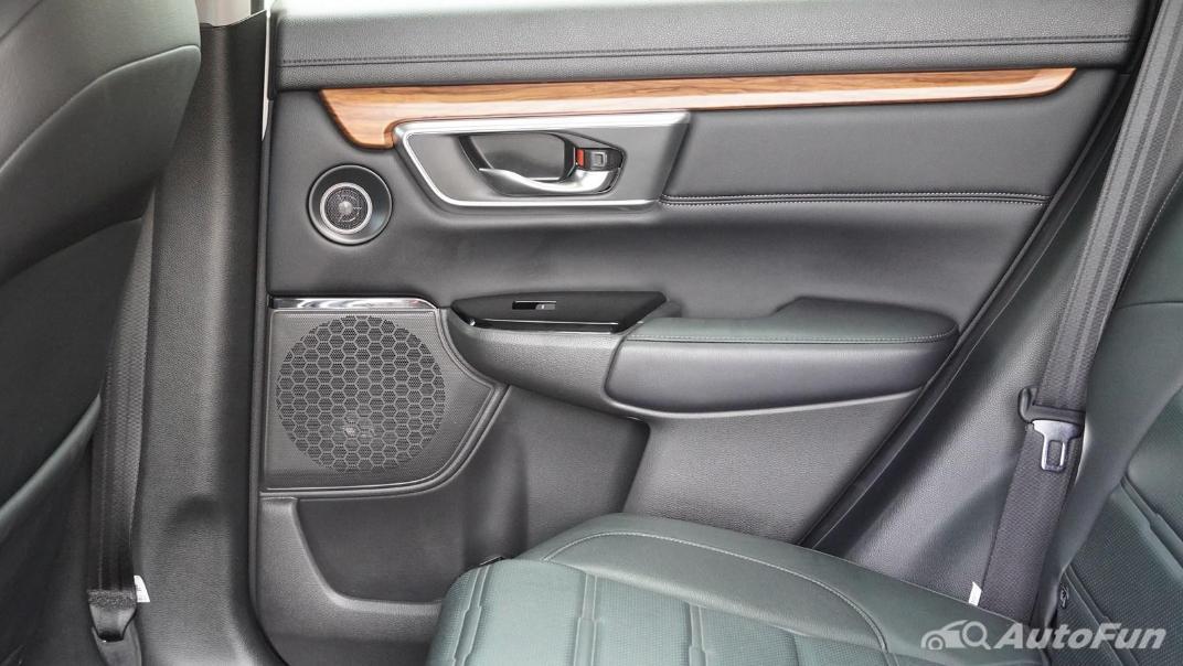 2020 Honda CR-V 2.4 ES 4WD Interior 041