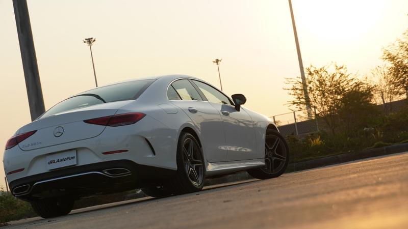 ชมคันจริง 2021 Mercedes-Benz CLS 220d AMG Premium ค่าตัว 4.329 ล้านบาท กับของเล่นที่เพิ่ม-ลดหลายรายการ 02