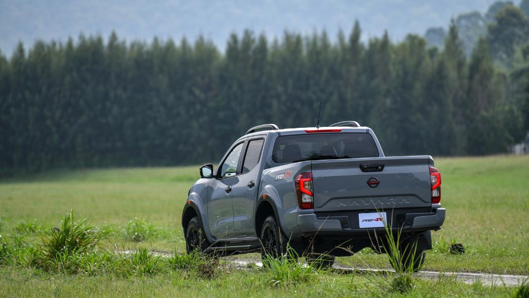 2021 Nissan Navara PRO-4X Exterior 072