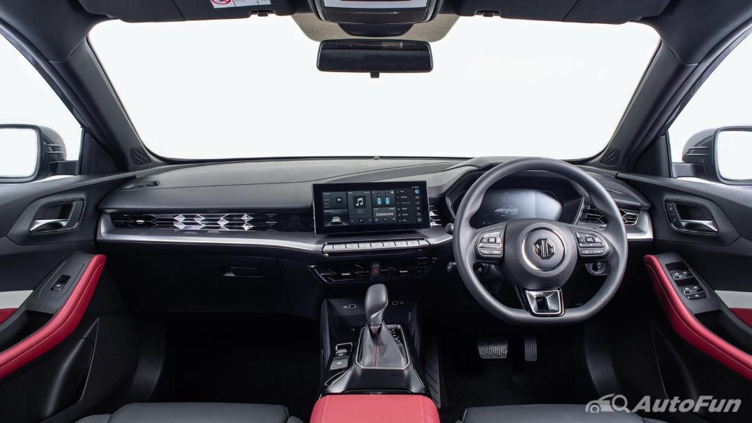 2021 MG 5 Upcoming Version Interior 023