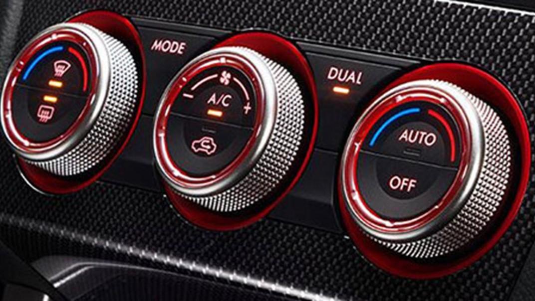 Subaru WRX-STI 2020 Interior 004