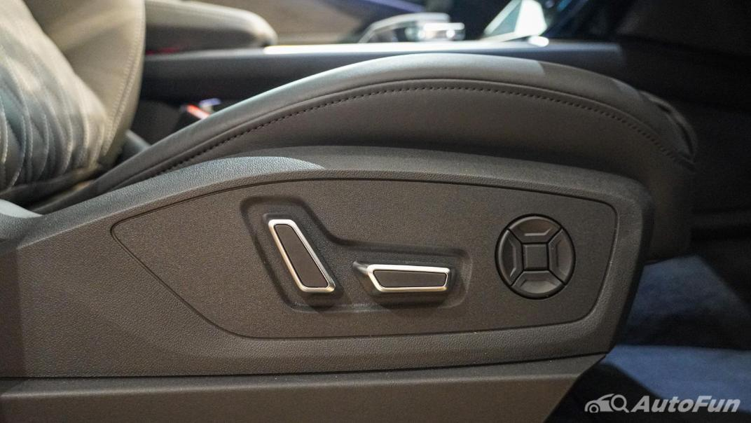 2020 Audi E Tron Sportback 55 quattro S line Interior 036