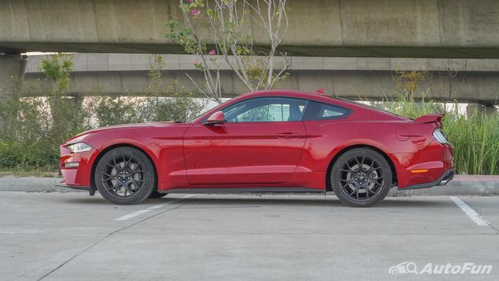2020 Ford Mustang 2.3L EcoBoost Exterior 008