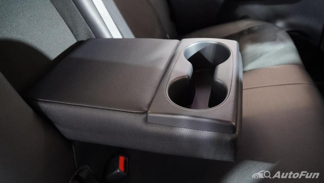 2021 Toyota Hilux Revo Double Cab 4x2 2.8 GR Sport AT Interior 017