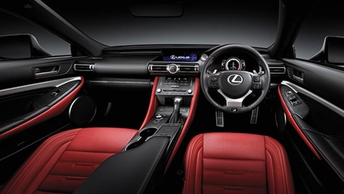 Lexus RC 2020 Interior 001