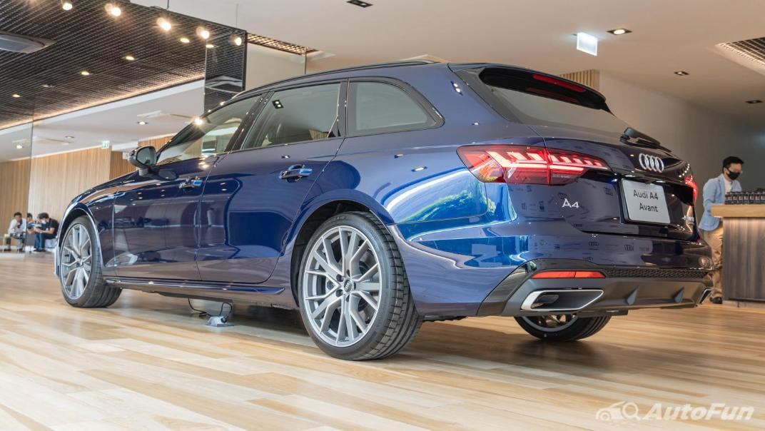 2020 Audi A4 Avant 2.0 45 TFSI Quattro S Line Black Edition Exterior 089