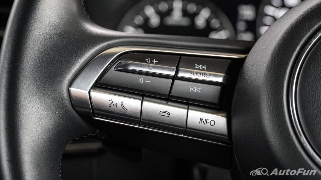 2020 Mazda 3 Fastback 2.0 SP Sports Interior 010