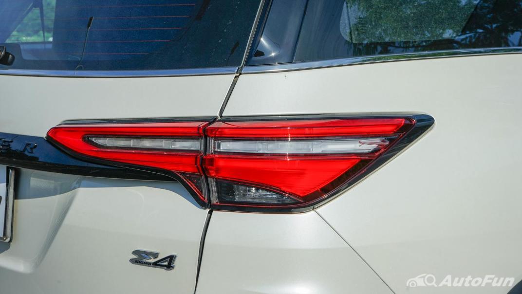 2020 Toyota Fortuner 2.8 Legender 4WD Exterior 014