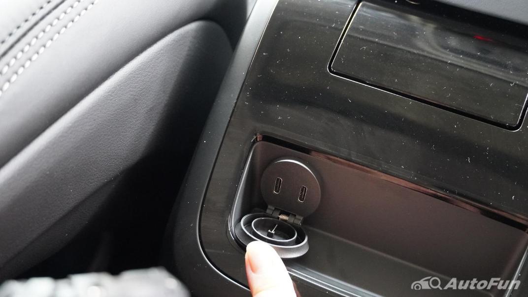 2021 Volvo S90 Recharge Interior 019