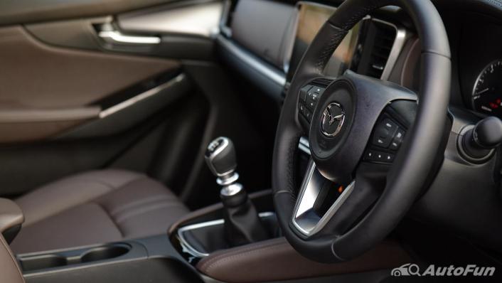 2021 Mazda BT-50 Pro Double Cab 1.9 SP Hi-Racer Interior 004