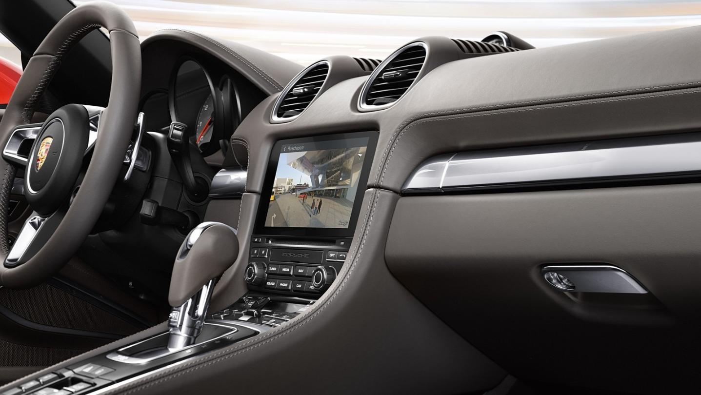 Porsche 718 2020 Interior 003