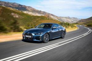BMW M4 เพิ่มรุ่นย่อยใหม่เครื่องอัพพลัง 335 แรงม้า หลังคาคาร์บอน พร้อมอัพเกรดรุ่นอื่น ๆ มากมาย